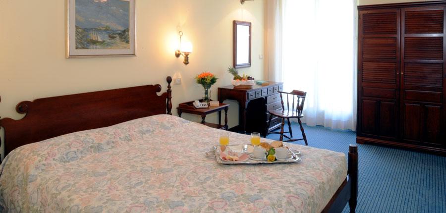 Hotel Palme, Garda, Lake Garda, Italy - bedroom.jpg